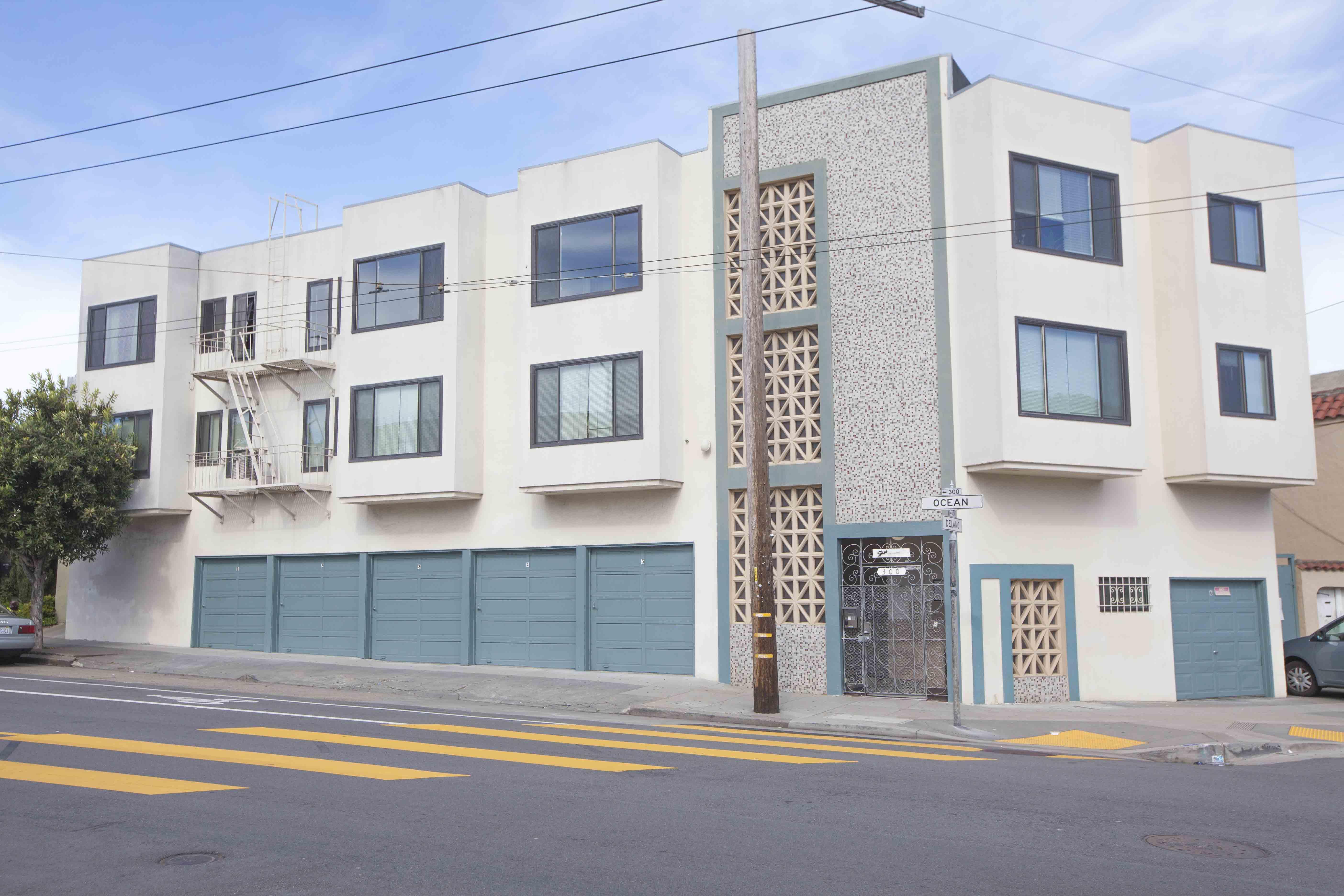 300 Ocean Ave #8, San Francisco